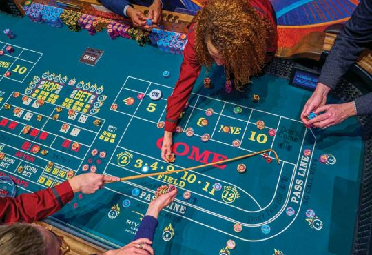Play Keno at a Casino - 3 Tips for Winning